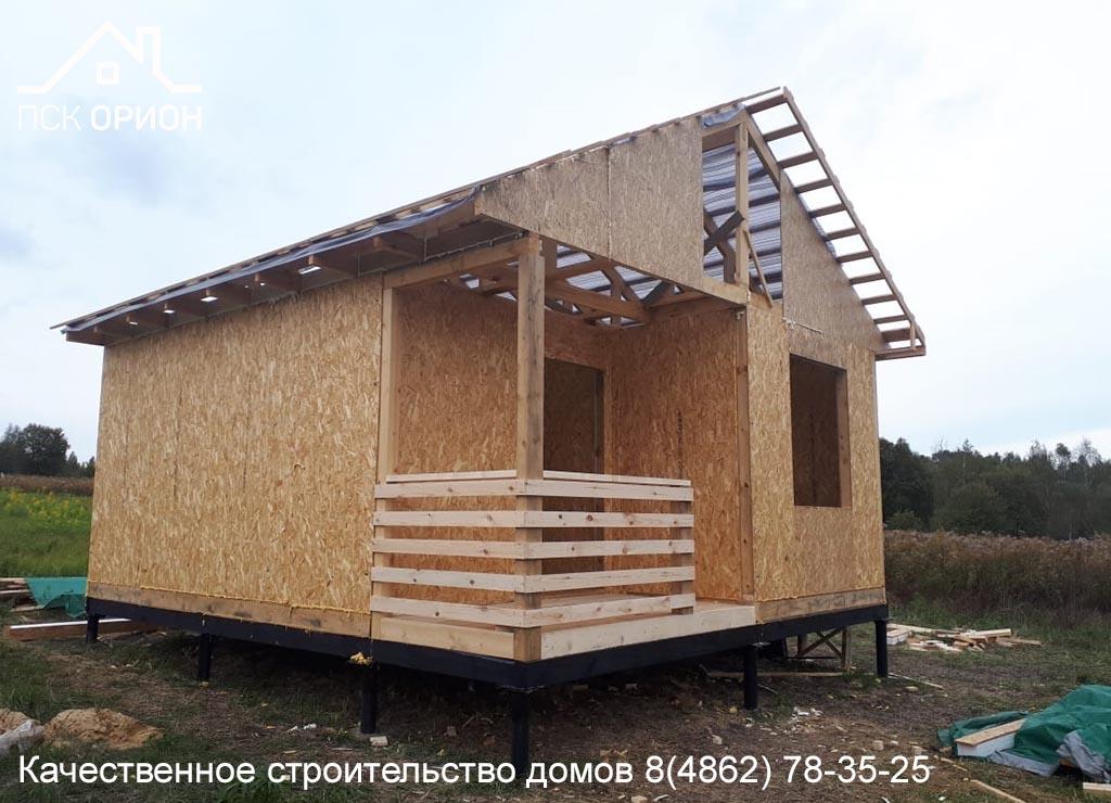 Мы ведем строительство дачного дома 35 м2 в Урицком районе.